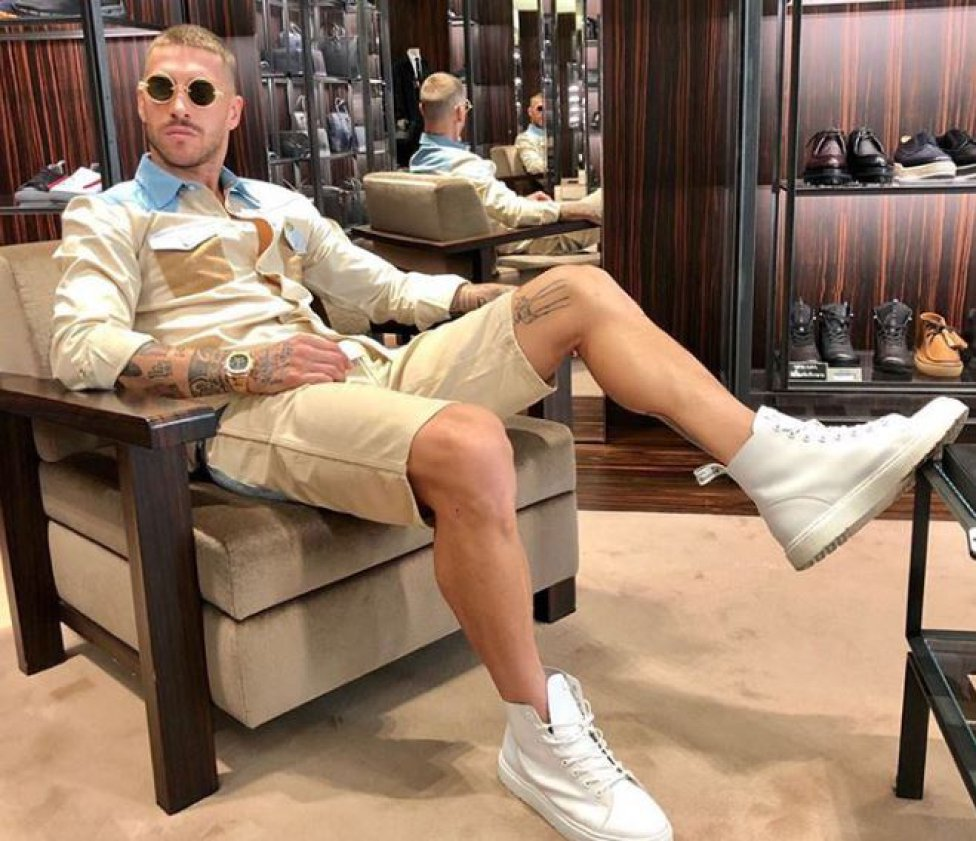 Sergio Ramos relaxing rocking casual outfit