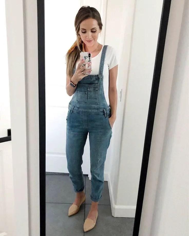 lady wearing jean dungaree