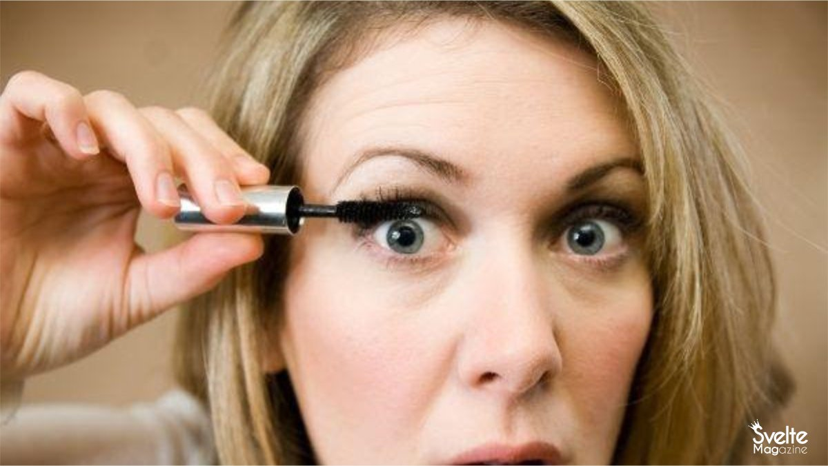 You are currently viewing 6 Eye Makeup Mistakes That Ruin Your Beauty
