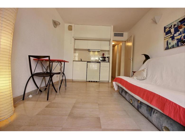 Enrummare på 23 m² till salu i området le Suquet i Cannes vardagsrum