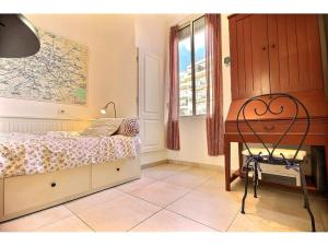 Lägenhet till salu i Cannes Banane svenska mäklare franska rivieran sovrum 2