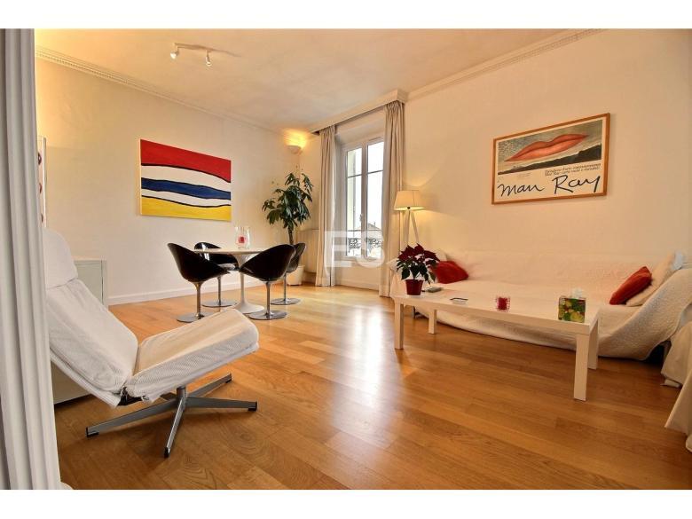 Lägenhet till salu i Canes 87 m² bostad franska rivieran matsalsdel