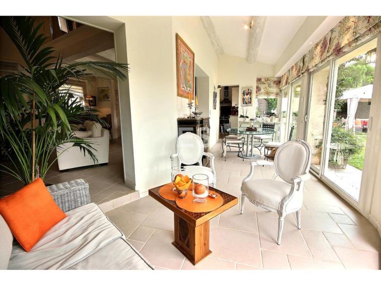 Villa till salu i Mandelieu la Napoule Riviera Golf svensk mäklare franska rivieran terrass
