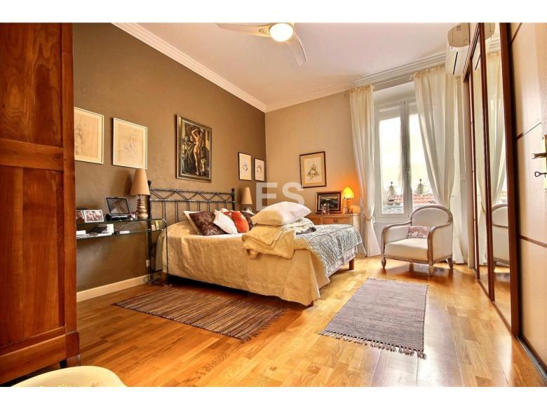 Lägenhet 90 m² til salu i Cannes sovrum