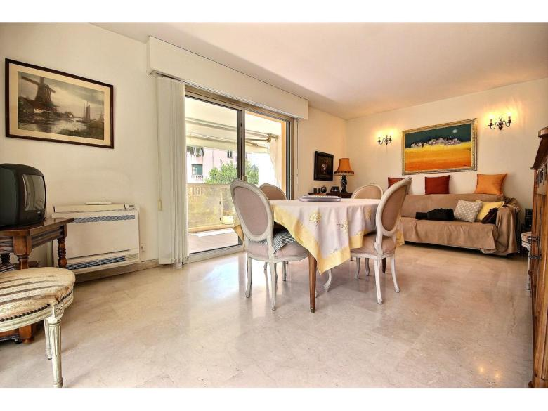 3 rumslägenhet till salu i Cannes Croix Des Gardes