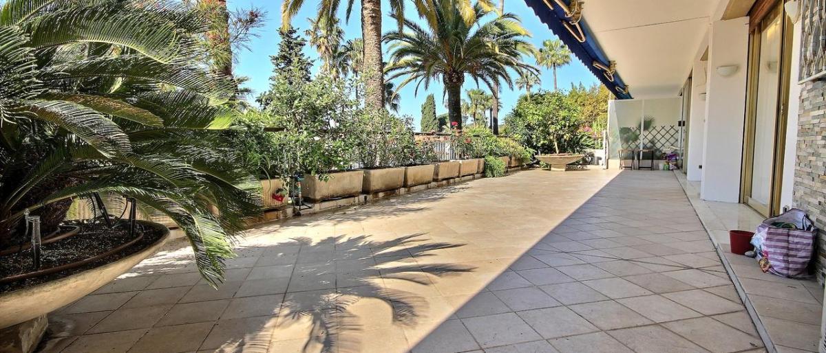 Hitta en lägenhet i Cannes