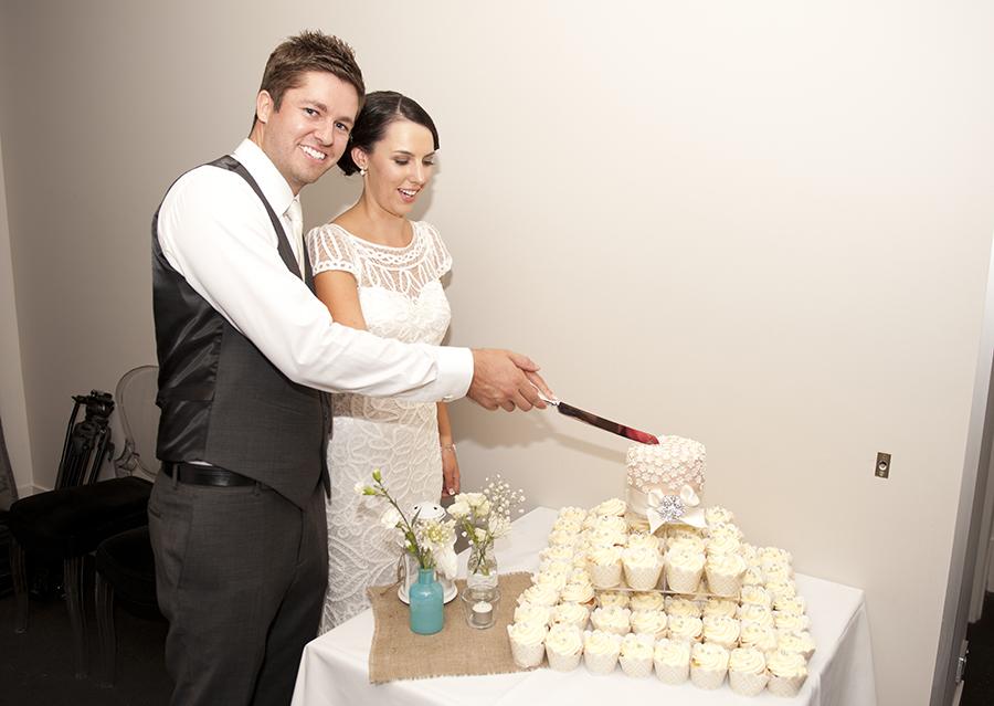 Wedding cake cutting at Stirling Winery