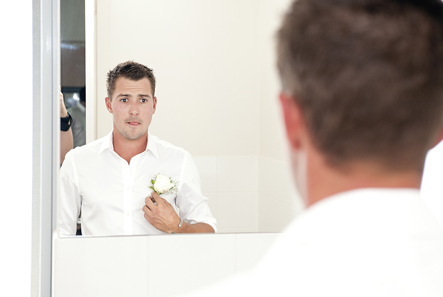 grooms have trouble with their BOUTONNIERE