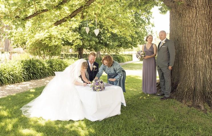Signing registry under tree