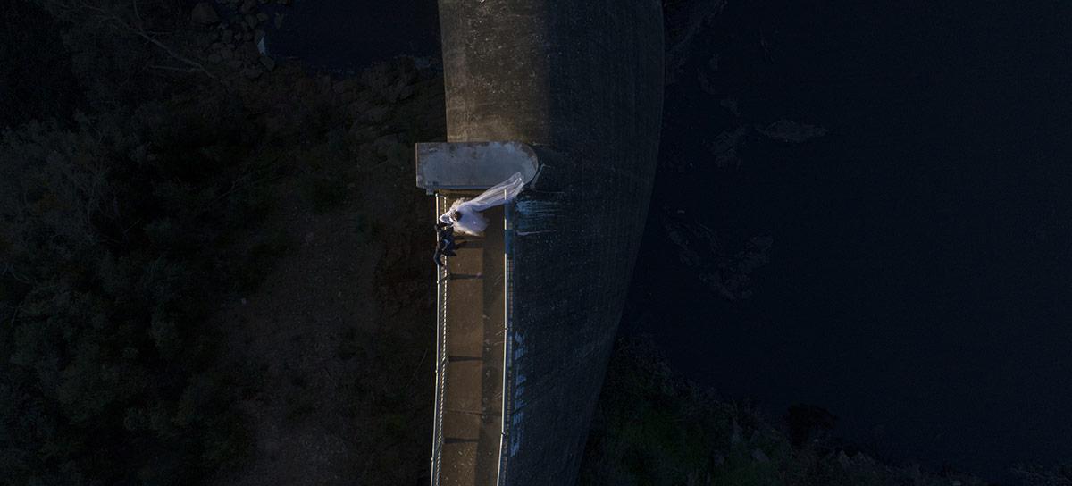 Dancing on the dam