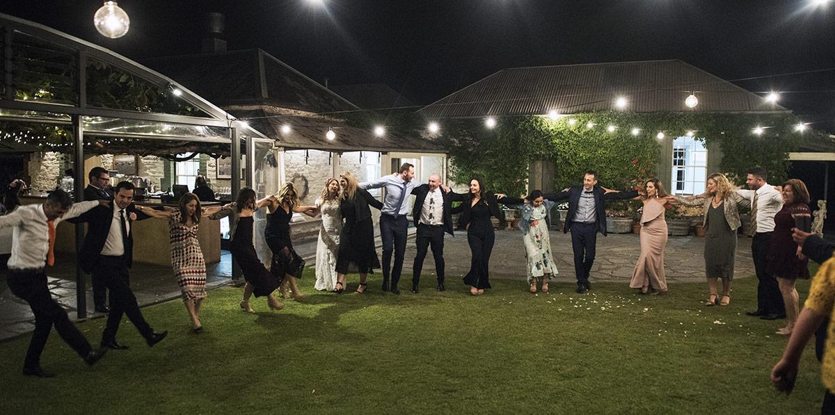 Group circle dance
