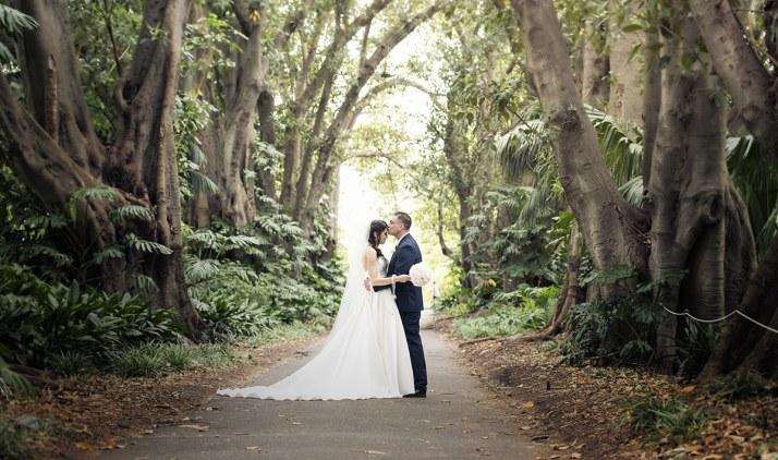 Botanic Gardens Wedding shot