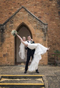 If you need wedding photos taken in the Adelaide area, call SvenStudios
