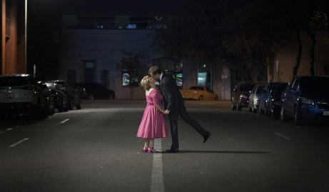 Kiss on the road
