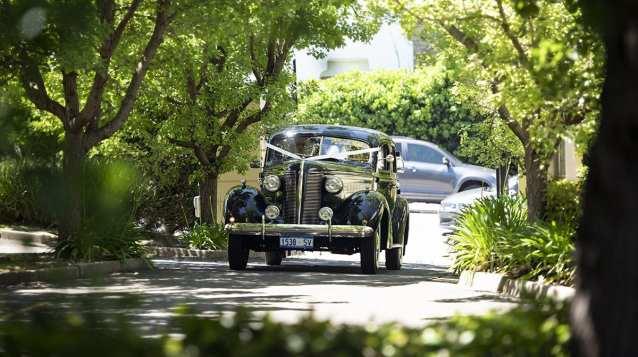 Bridal car arriving