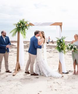 First kiss Brighton and Seacliff Yacht Club wedding