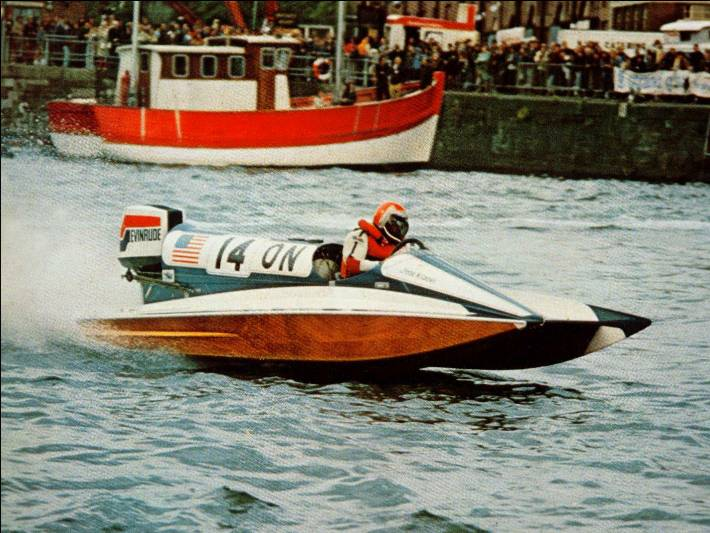 Caesare Scotti Wins Bristol 1974 Driving The New Scotti Evinrude V6