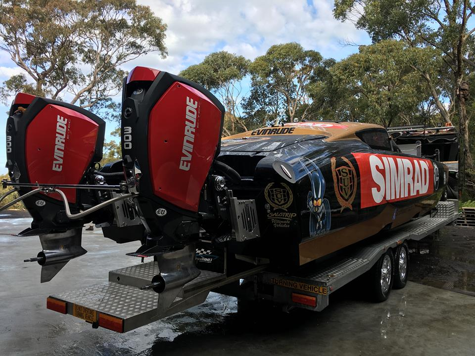Offshore racing evinrude 300 g2 vs g1 outboard racing for Johnson marine italia