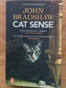 Boken Cat sense: the feline enigma revealed Av John Bradshaw 2014. Penguin Books