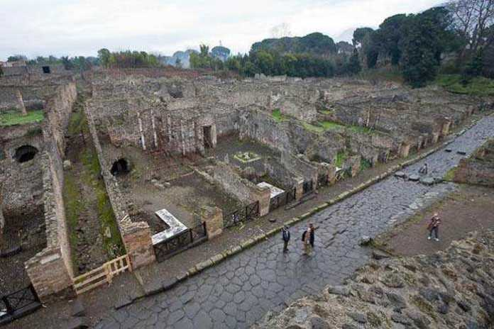 Руины Помпеи. Что римляне искали в своих отходах?