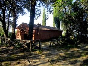 Karakal 004 - kelija Sv.Trojice nedaleko od manastira 001