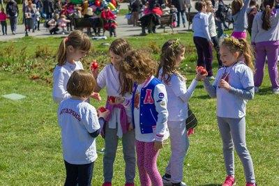 Деца Свете Србије прославила  празник Врбице и снимила спот