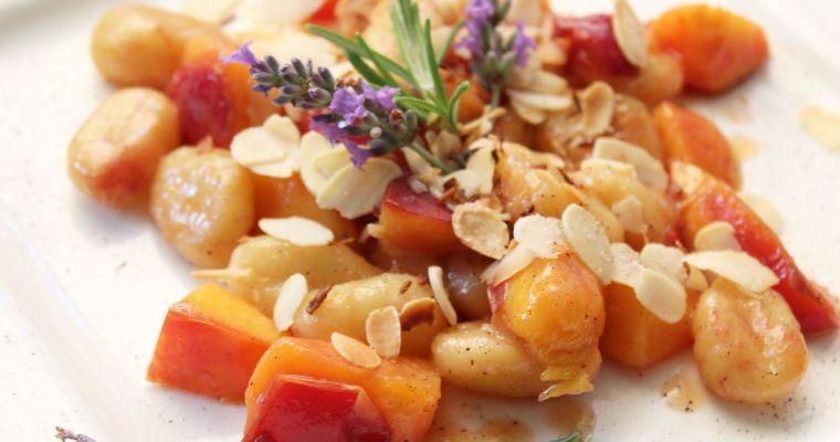 Früchtegnocchi – ein süßes Blitz-Hauptgericht für groß & klein