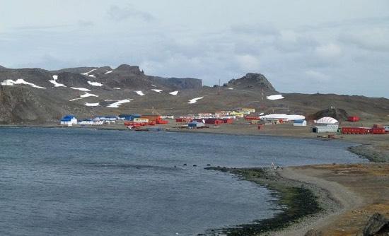 Villa las Estrellas a Esperanza aneb jak se žije v Antarktidě
