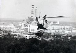 Vrtulník nad Černobylem