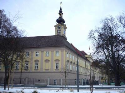 Bývalý minoritský klášter skostelem