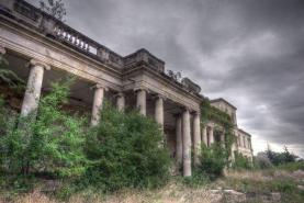 Stavby by pohltila příroda