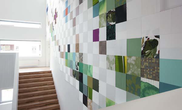 Tina Ratzer: Udsmykning til foyer i Holbæk Retsbygning