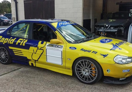 Ford Mondeo BTCC Super Touring roll cage build