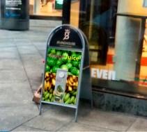 Juicy Juicy Plakat reeal hit