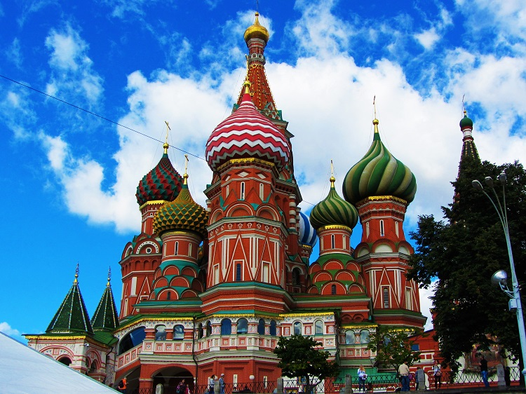 russia-moscow-potd-st-basil-church-exterior-back