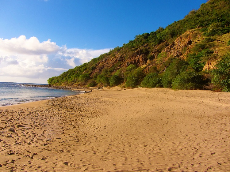 Montserrat - Hiking - Beach