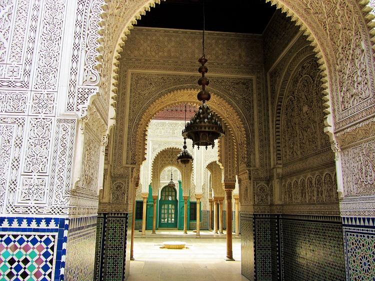 Mahkama du Pacha hallway