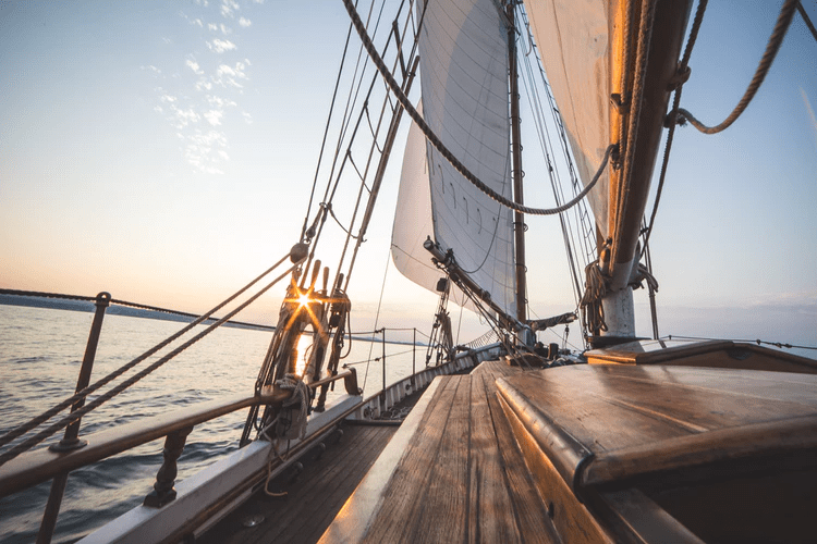 Try sailing on your travels 1