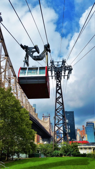 USA - New York - Roosevelt Island Tram 1