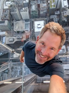 Sears Tower - Me in The Ledge