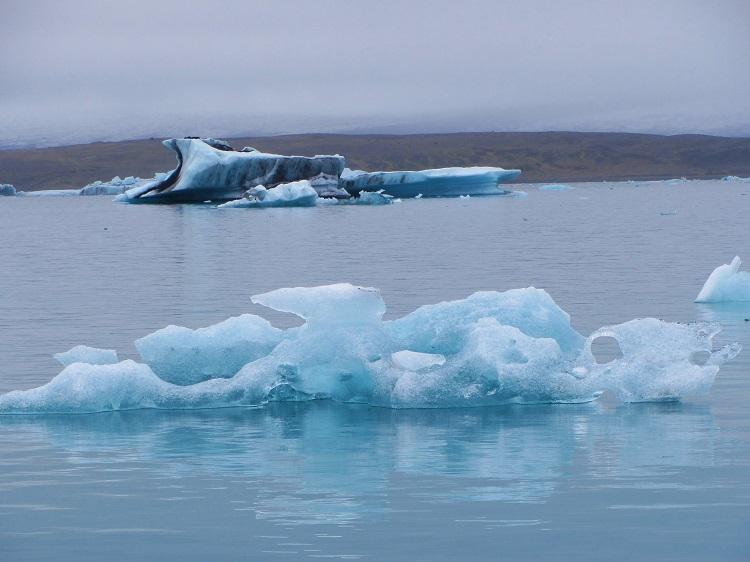 Iceland - 4 Jokulsarlon - Iceberg