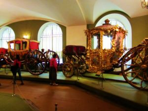 russia-moscow-2-kremlin-armory-carriages