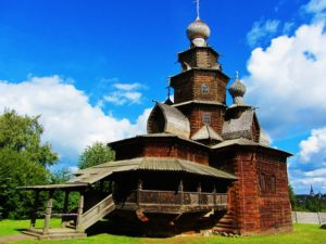 russia-suzdal-wooden-architecture-church