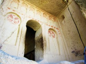 turkey-cappadocia-goreme-museum-church-entrance
