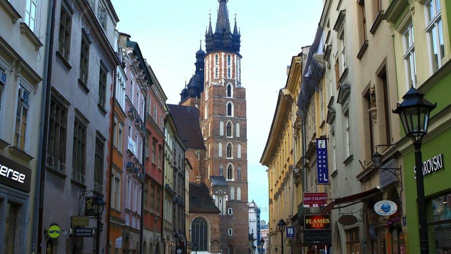 reasons to visit krakow