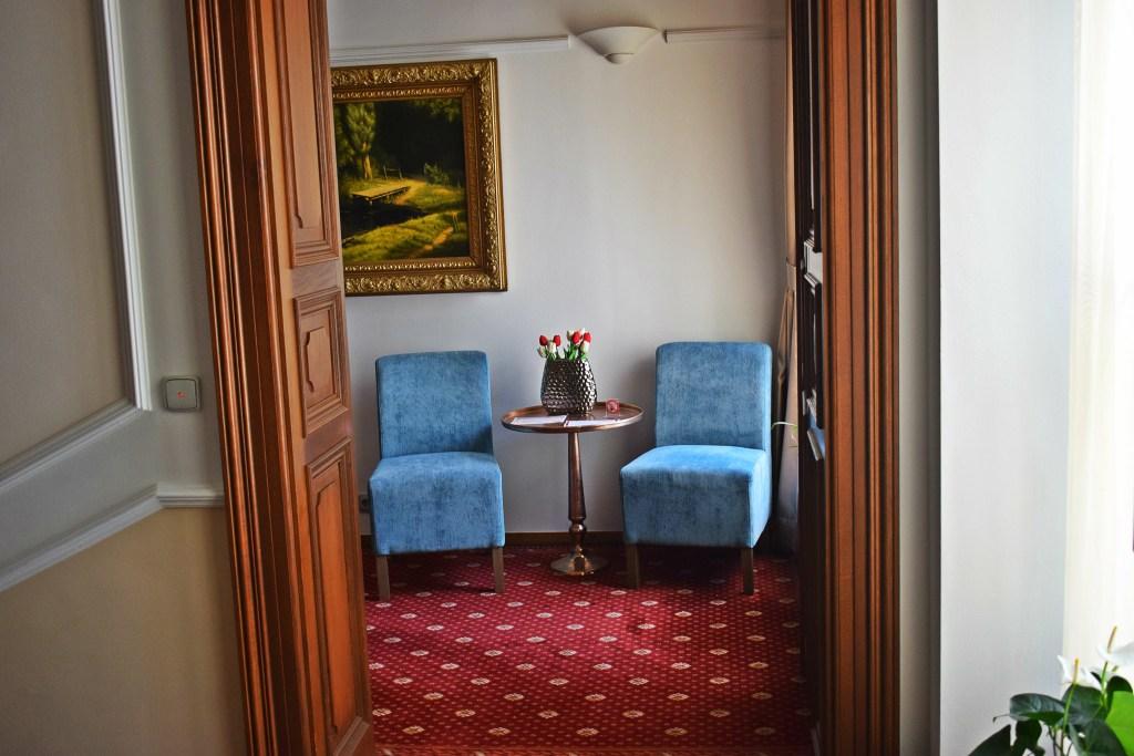 hotel seven days prague