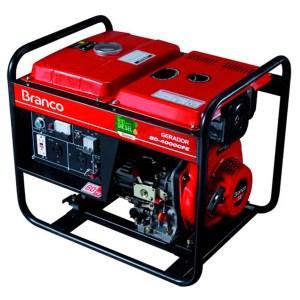 Gerador Diesel com 5 kVA - 220V Trifásico