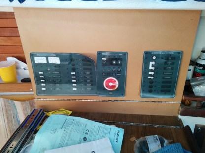 electronic panel up