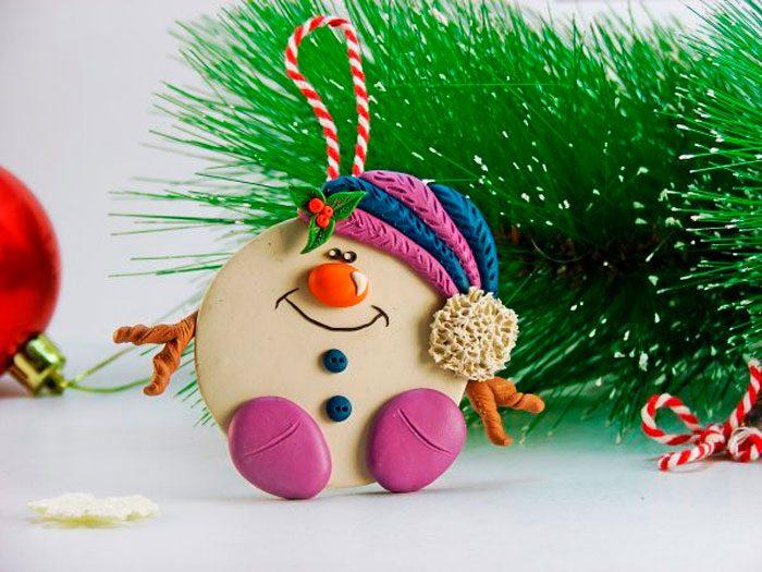 Пластилиннен «снеговик» аспалы