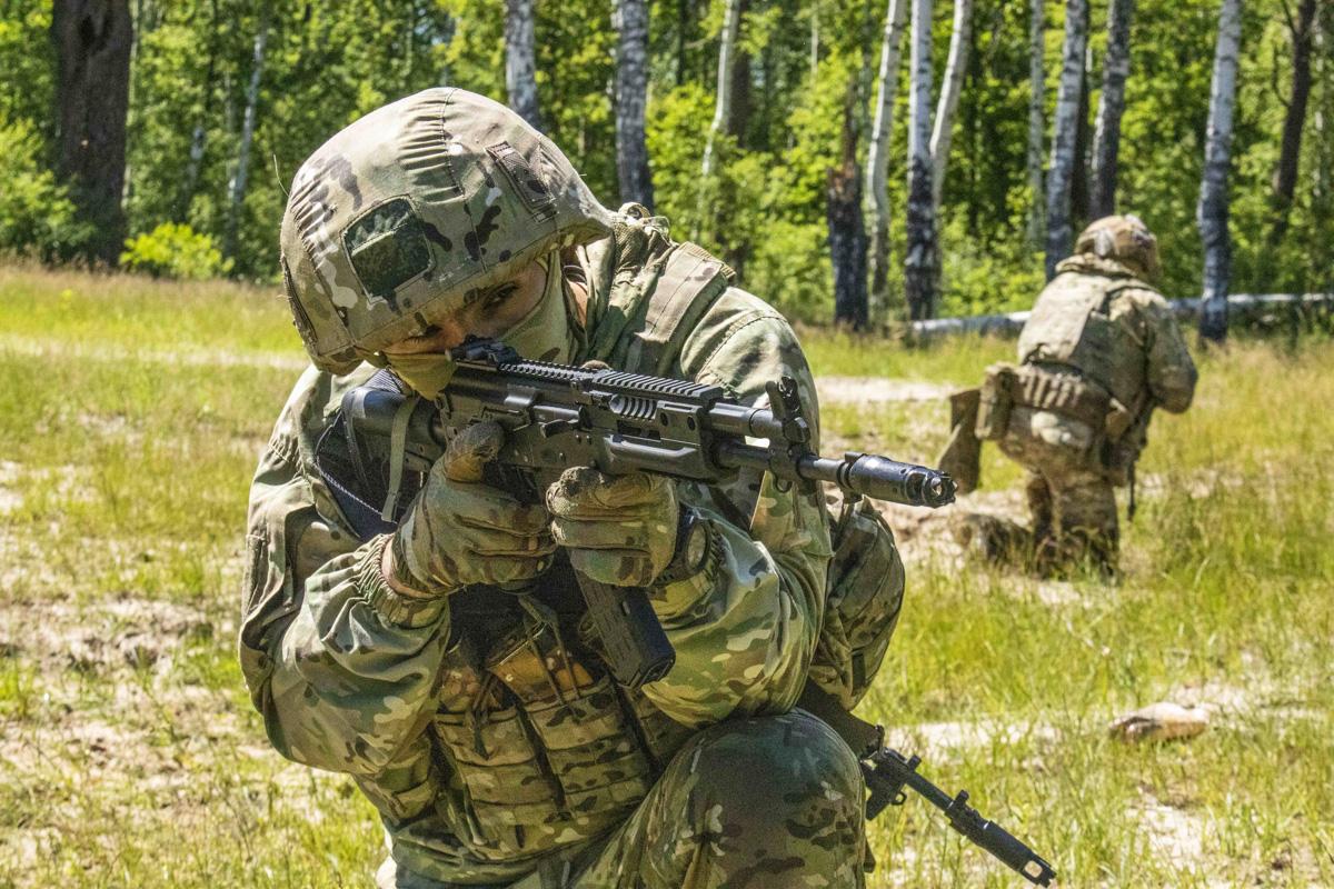 Спецназ ЗВО апробировал новый медицинский бронеавтомобиль «Линза» в ходе учения в Тамбовской области